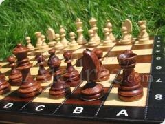 Tablero de ajedrez madera 26x26 magnetico y piezas :: reino ajedrez - ideas deportivas canarias