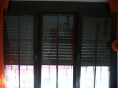 Ventanas de aluminio con persianas de aluminio