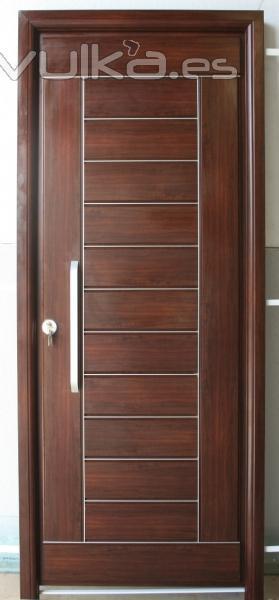 Foto puertas exteriores duela horizontal for Puertas para exteriores economicas