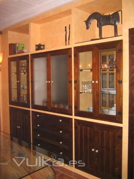 Foto mueble de pladur acabado con carpinteria rustica y for Muebles de pladur para salon fotos