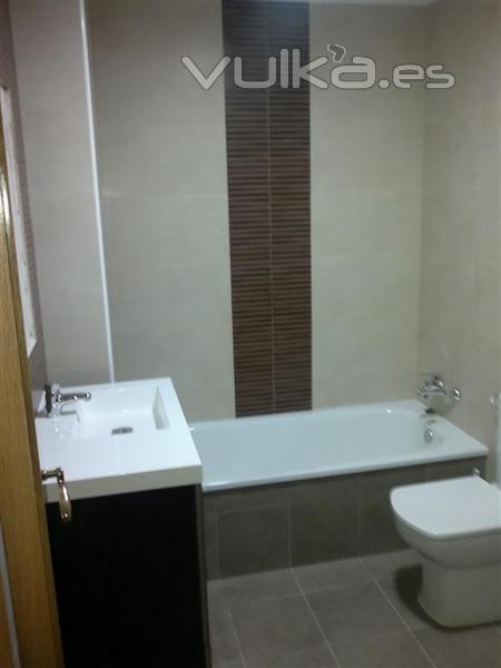 Reformas Baños Huelva:Reforma baño en Manises Detalle completo Revestimientos Saloni www