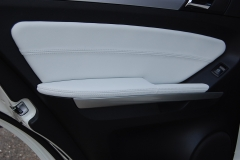 Tapizado de panel trasero Merc.ML 2011