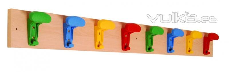 Foto mobiliario para guarderias perchas guarderia for Medidas de mobiliario infantil