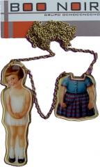 Bisuter�a original en boonoir. colgante paper doll