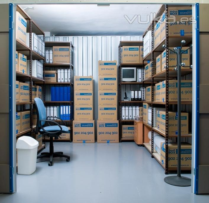 Foto mini almac n empresas archivos for Almacen de plastico para jardin