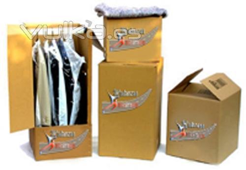 Foto cajas para su mudanza de todo tipo incluso tenemos for Cajas de plastico para guardar ropa