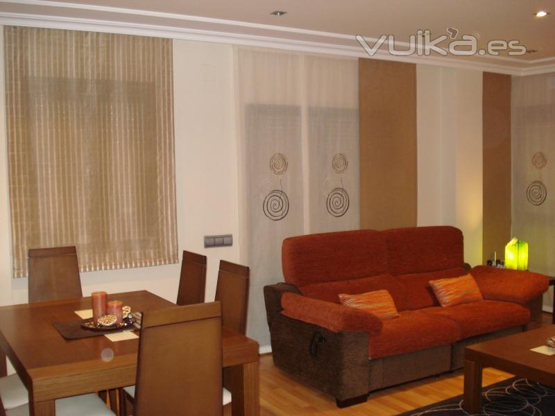 Foto salon comedor dise o paquetto y panel japones dise os a su gusto su ambiente - Salon comedor diseno ...