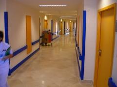Protecciones murales ipavyn (pasillo de hospital)