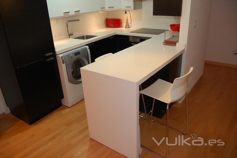 Helim architecture of kitchens and bathrooms - Cocinas silestone precios ...