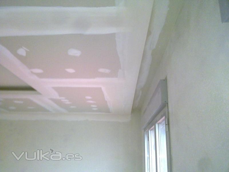 Foto: cortinero en falso techo