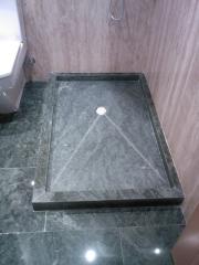 Plato de ducha de granito verde san francisco
