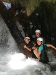 Trekking acuático, acuatrekking en teruel, sierra de gúdar