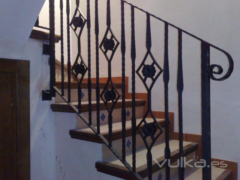 Foto baranda de escalera adornos for Escaleras de adorno