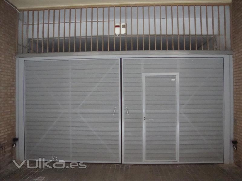 Door system s l - Tipos de puertas de garaje ...