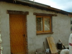Puerta y ventana de aluminio imitaci�n madera