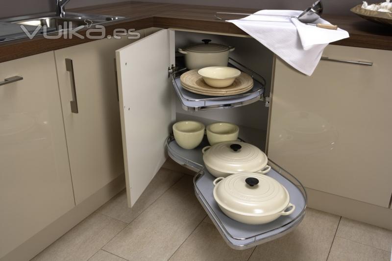 Foto cubelles cocina accesorio extraible rincon lineal for Accesorio extraible mueble cocina