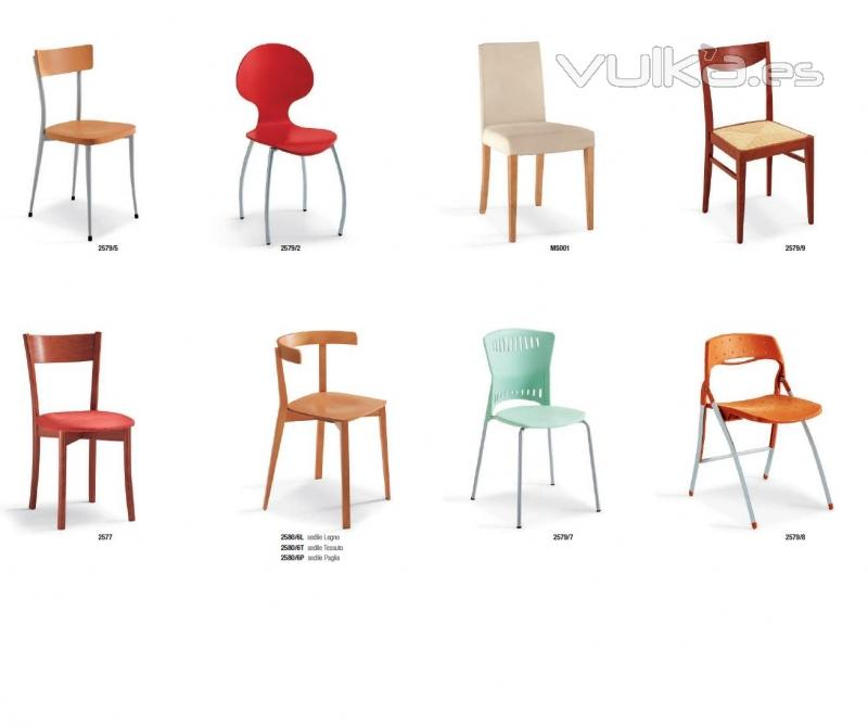 Foto vilanova i la geltr sillas varias ros s interiors for Muebles vilanova i la geltru