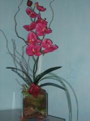 Decoracion Floral con Orquideas en Jarron por Allium Floristas