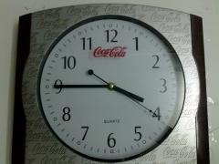 Personalizacion de reloj publicitario. Serprint serigrafia