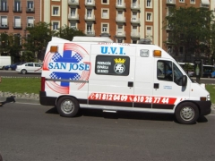 Servicio de ambulancias, traslado de residencia de tercera edad, enfermo, persona mayor