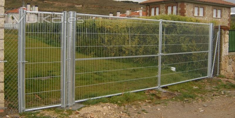 Foto puertas galvanizadas for Puertas galvanizadas