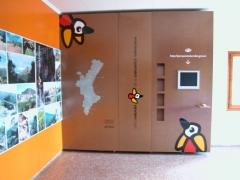 Exposici�n centro de interpretaci�n parque natural la calderona. r�tulos cebra.