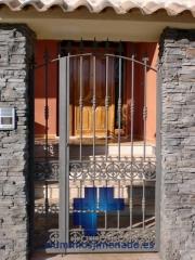 Puerta cancela hierro peatonal 04