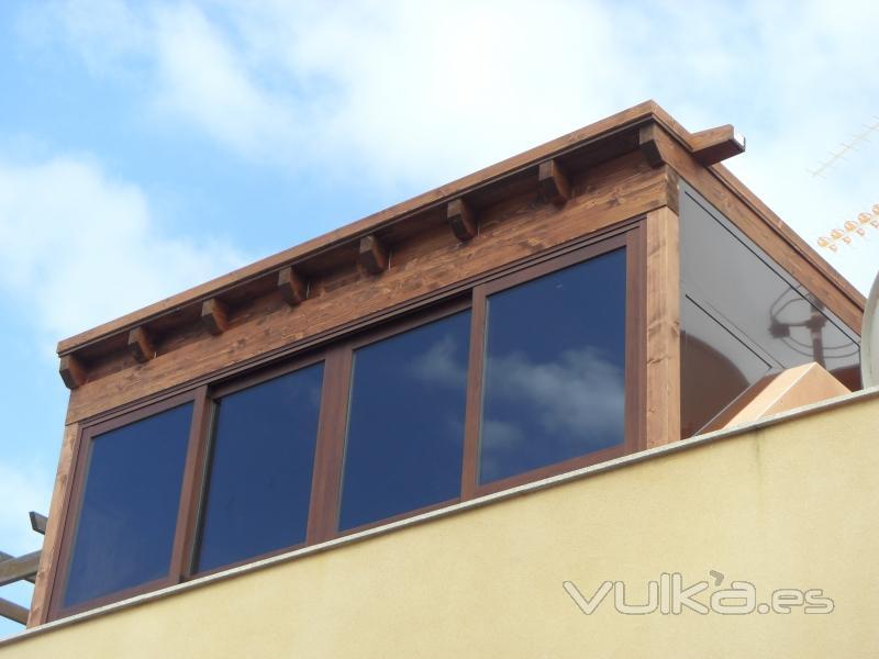 Foto cerramiento de terraza con pergola y aluminio - Pergolas de aluminio para terrazas ...
