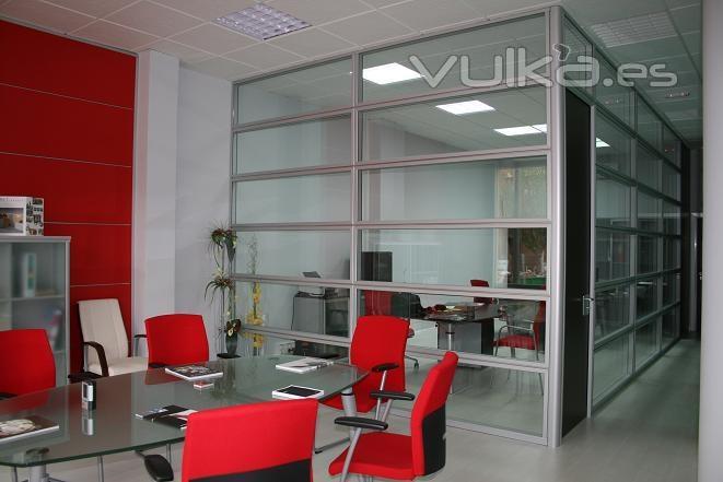 Foto mampara apaisada doble vidrio y sala juntas for Disenos de oficinas modernas gratis