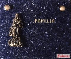 Granito sueco oscuro con  virgen de bronce