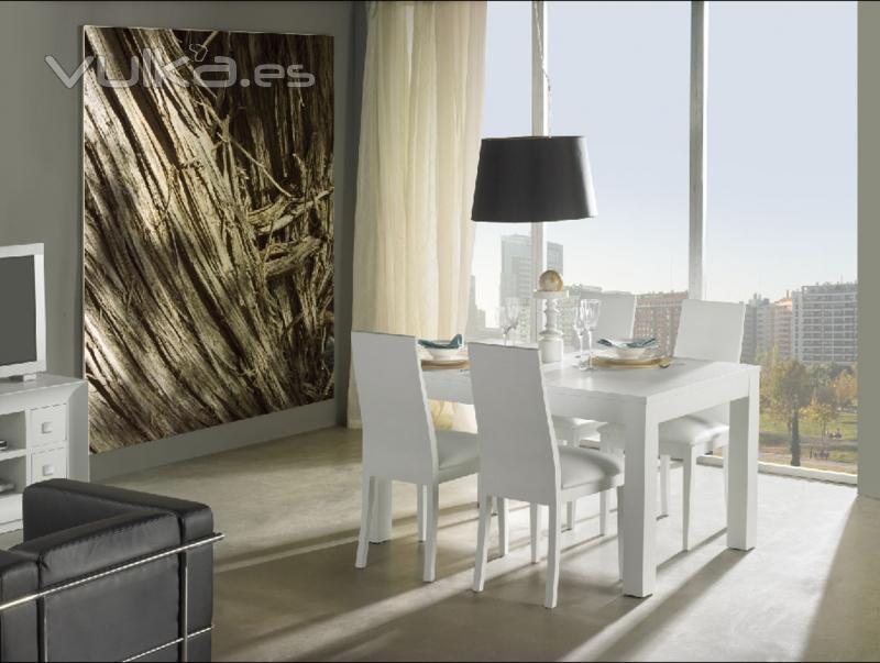 Foto mesa comedor lacada y sillas lacadas con asientos en for Asientos para comedor