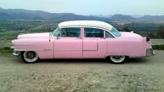 Cadillac sedan de ville 1955