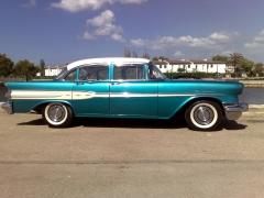 Pontiac chieftain 1957
