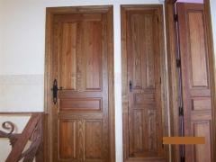 Carpinteria interior de madera maciza