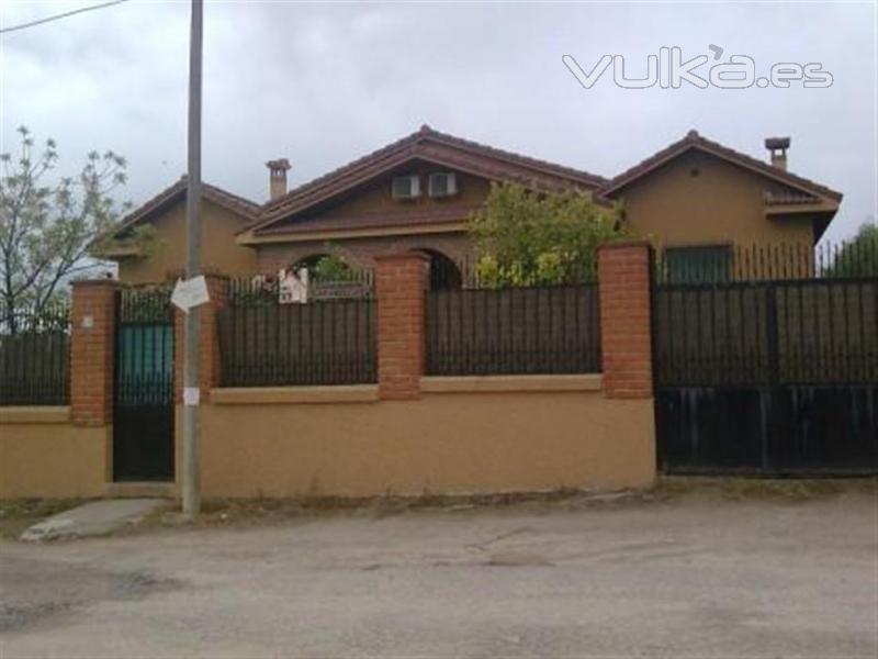 Foto fachada de 2 casas rurales en lanzahita - Fachadas casas rurales ...