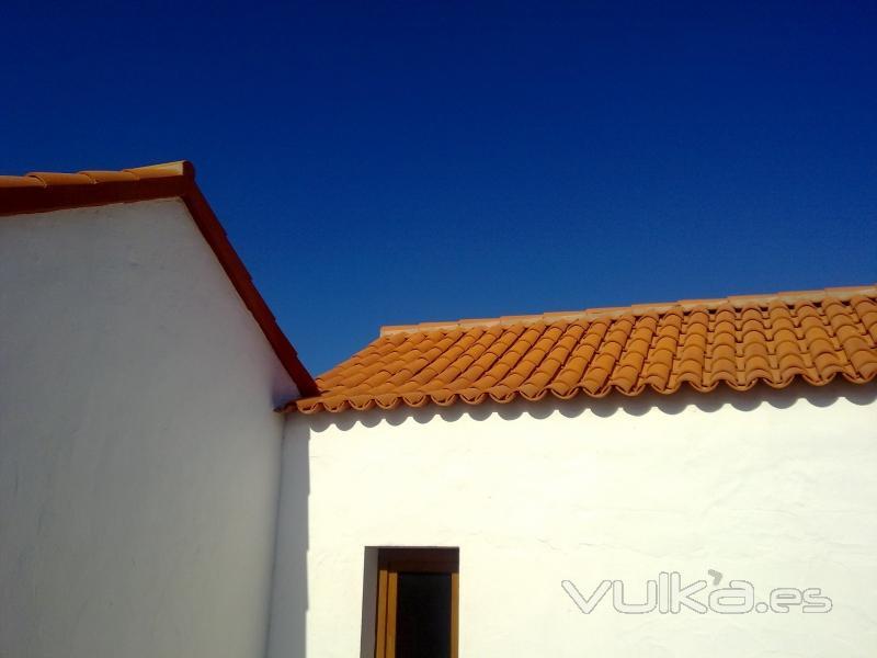 Conspumar profesionales de fachadas cubiertas y tejados for Empresa de cubiertas y tejados