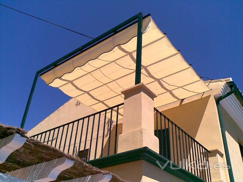 Foto toldo de gu as estructura aluminio lacado verde for Estructura de toldo