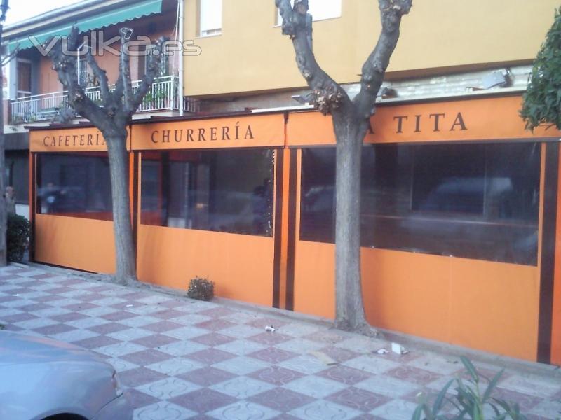 Foto: Toldos verticales. Ideales para restaurantes, cafeteru00edas....