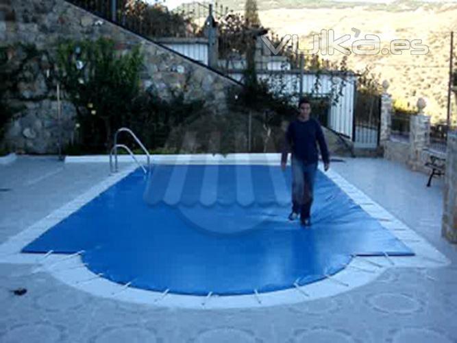 Foto lona cubrepiscinas for Lona interior piscina desmontable