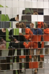 Mural de espejos angulados