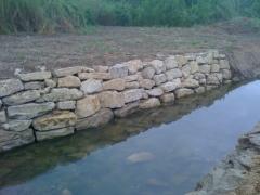 Rebestimiento en cauces y rios