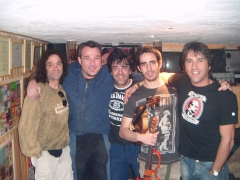Con Kiskilla Mago de Oz, Sergio y Rober Sublevados..