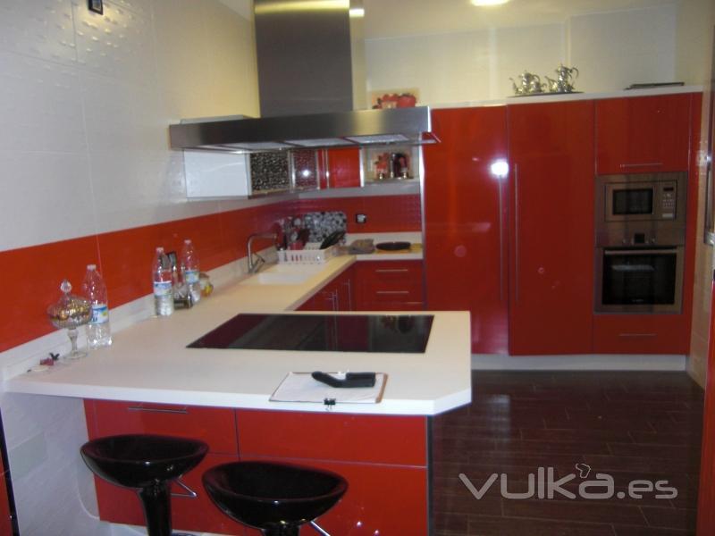 Cantos aluminio para muebles cocina - Cocinas en lucena ...