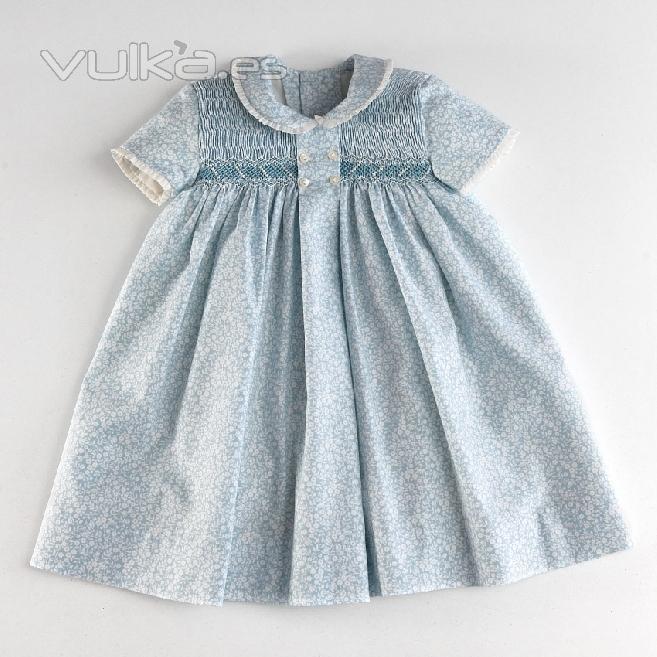 Foto: Vestido de niña bebé, vestido con nido de abeja. Vestido con ...