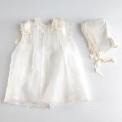 Vestido faldon para bautizo de bebe. lleva gorro. hecho a mano, para bautizo tradicional.