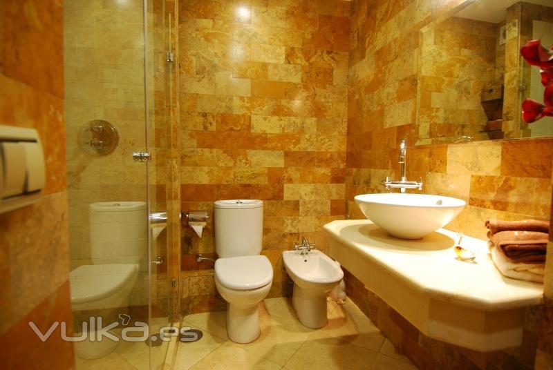 Baño Turco Arquitectura:Foto: Reforma de baño, realizado en mármol turco y crema marfil