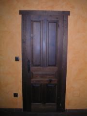 Puerta castellana interior - ciega