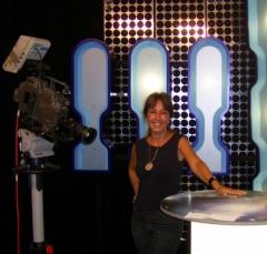 Artemisa en el primer de Astro TV.