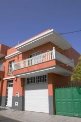 Vivienda Unifamiliar y Garaje para E. M. Rever�n D�az, en Charco del Pino, Granadilla de Abona