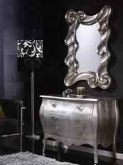 C�moda y espejo estilo neocl�sico